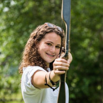 girl-archery